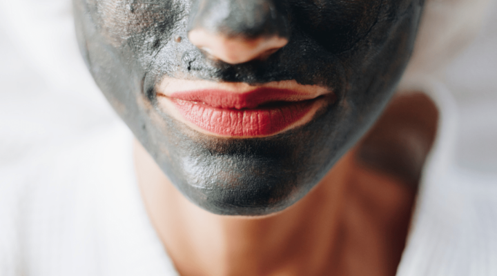 DIY beauty trends charcoal mask